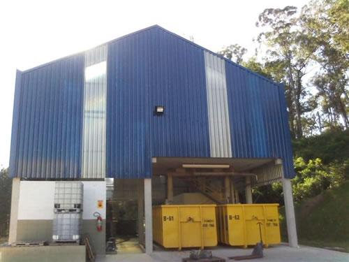 Galpão Industrial  Jundiaí/SP  Área Construída: 200 m²