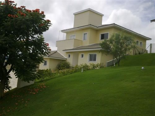 Residência de alto padrão  Cajamar/SP  Área Construída: 400 m²