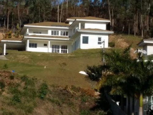 Construção de Residência de alto padrão  Cajamar/SP  Área Construída: 500 m²