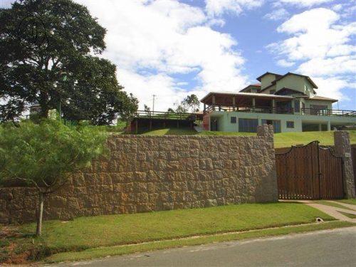 Residência de alto padrão com dois pavimentos  Itupeva/SP  Área Construída: 600 m²
